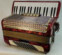 Hohner Concerto III (rot) 2. Design